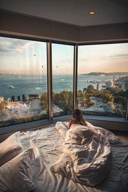 beach-bed-bedroom-2417842